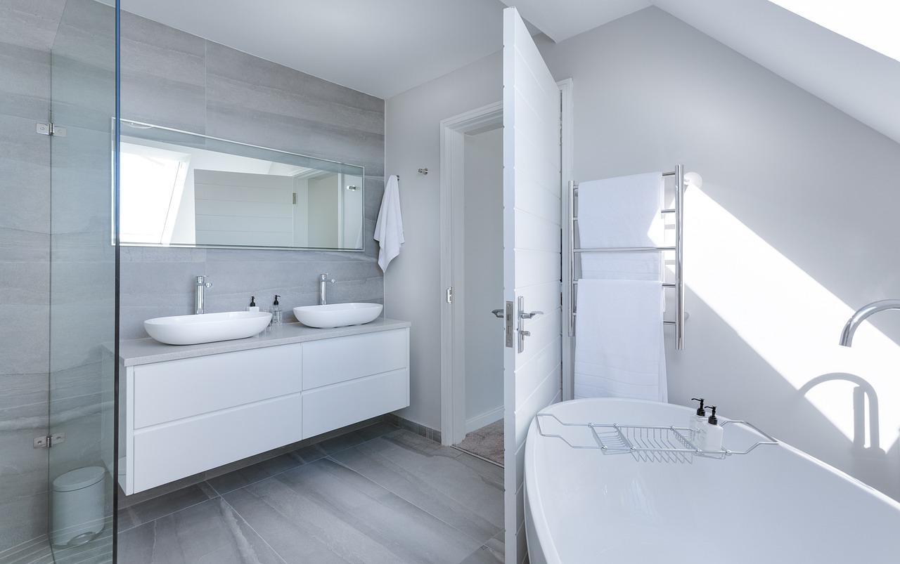 Trucs et astuces pour réussir la renovation de salle de bain